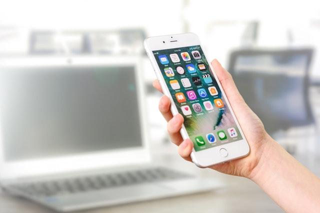 iPhone 7 srebrny