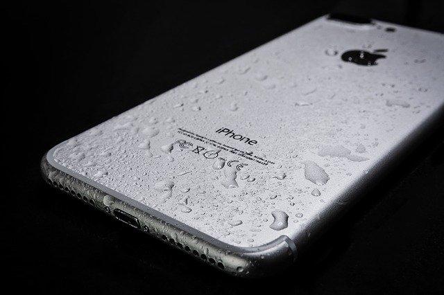 Zalany iphone 7